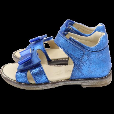Sandale din piele naturală Kickers 25