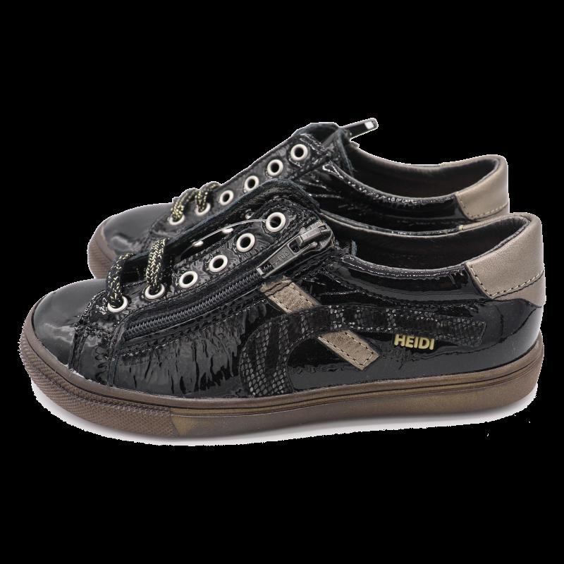 Pantofi negri din piele lăcuită