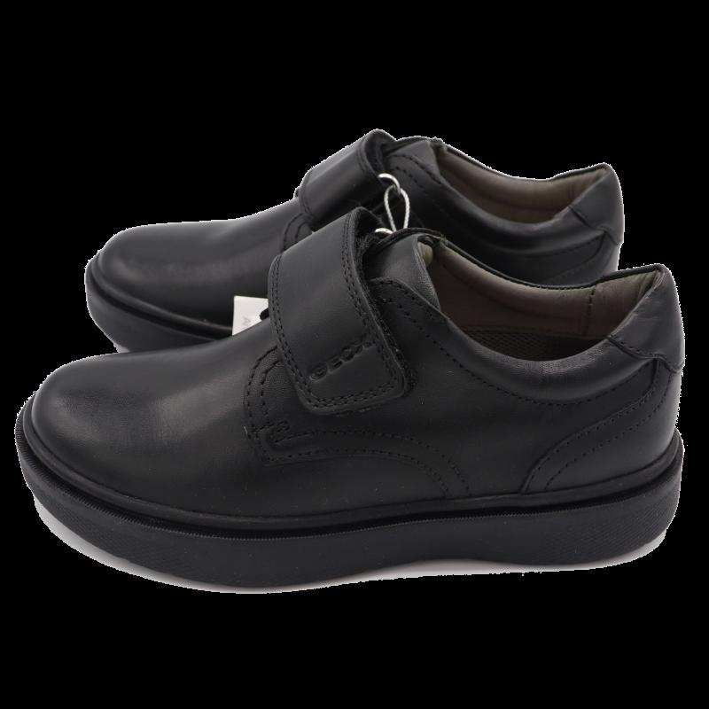 Pantofi negri pentru școală Riddock