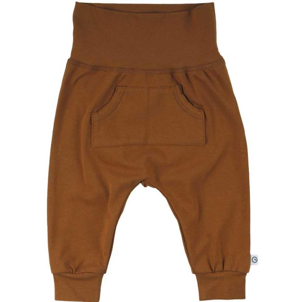 Pantaloni Cozy Me maro cu buzunar central